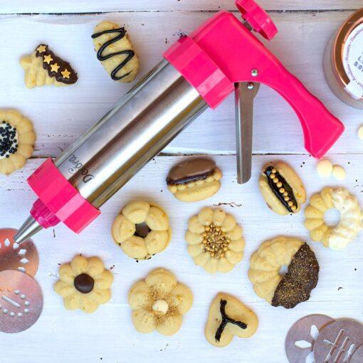 Kit Presa de biscuiti otel inoxidabil cu 13 forme + 8 duiuri - Decora