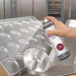 Spray pulverizator pentru pentru ungerea formelor si tavilor